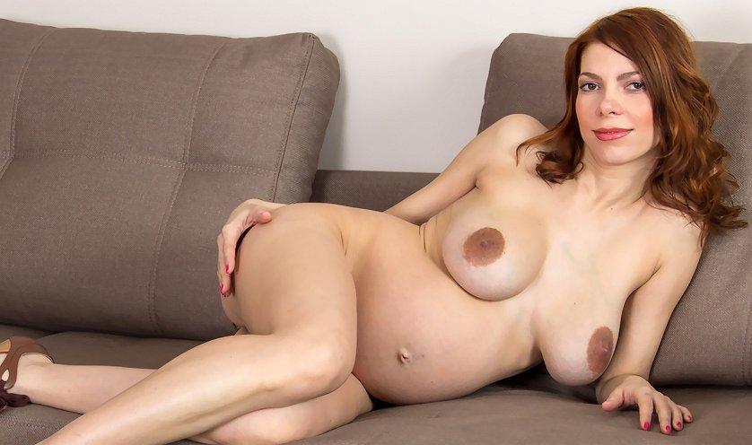 Pregnant Iviola